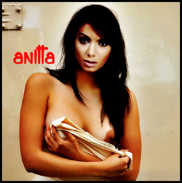 #anitta #pelada @anittapelada