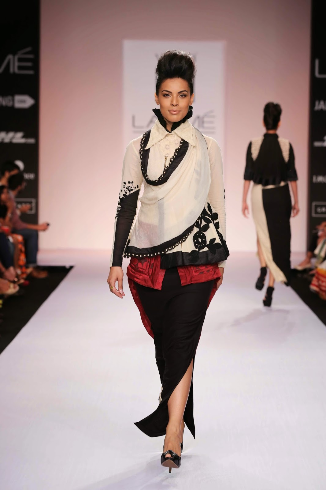 """SHIKHA GROVER AND VINITA ADHIKARI PRESENTED AN INNOVATIVE BEEHIVE OF STYLISH CREATIONS AT LAKMÉ FASHION WEEK SUMMER/RESORT 2014 Taking a cue from nature, the designing duo Shikha Grover and Vinita Adhikari presented an exciting collection called """"Beehive Yourself"""" for their label """"Ilk"""" at Lakmé Fashion Week Summer/Resort 2014."""