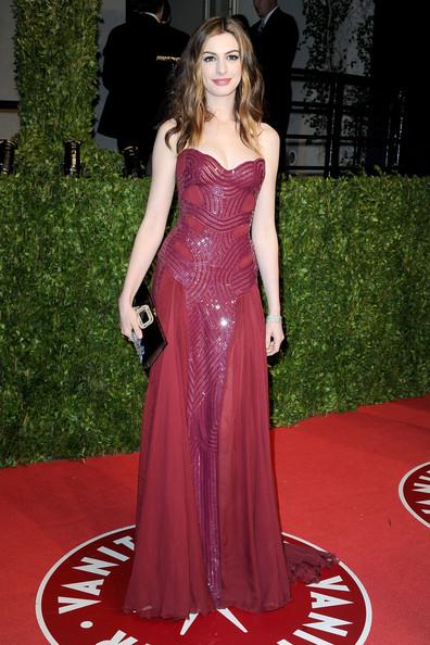画像 : アンハサウェイAnne Hathawayのレッドカーペットドレスファッションスクラップ画像集まとめ ... Anne Hathaway