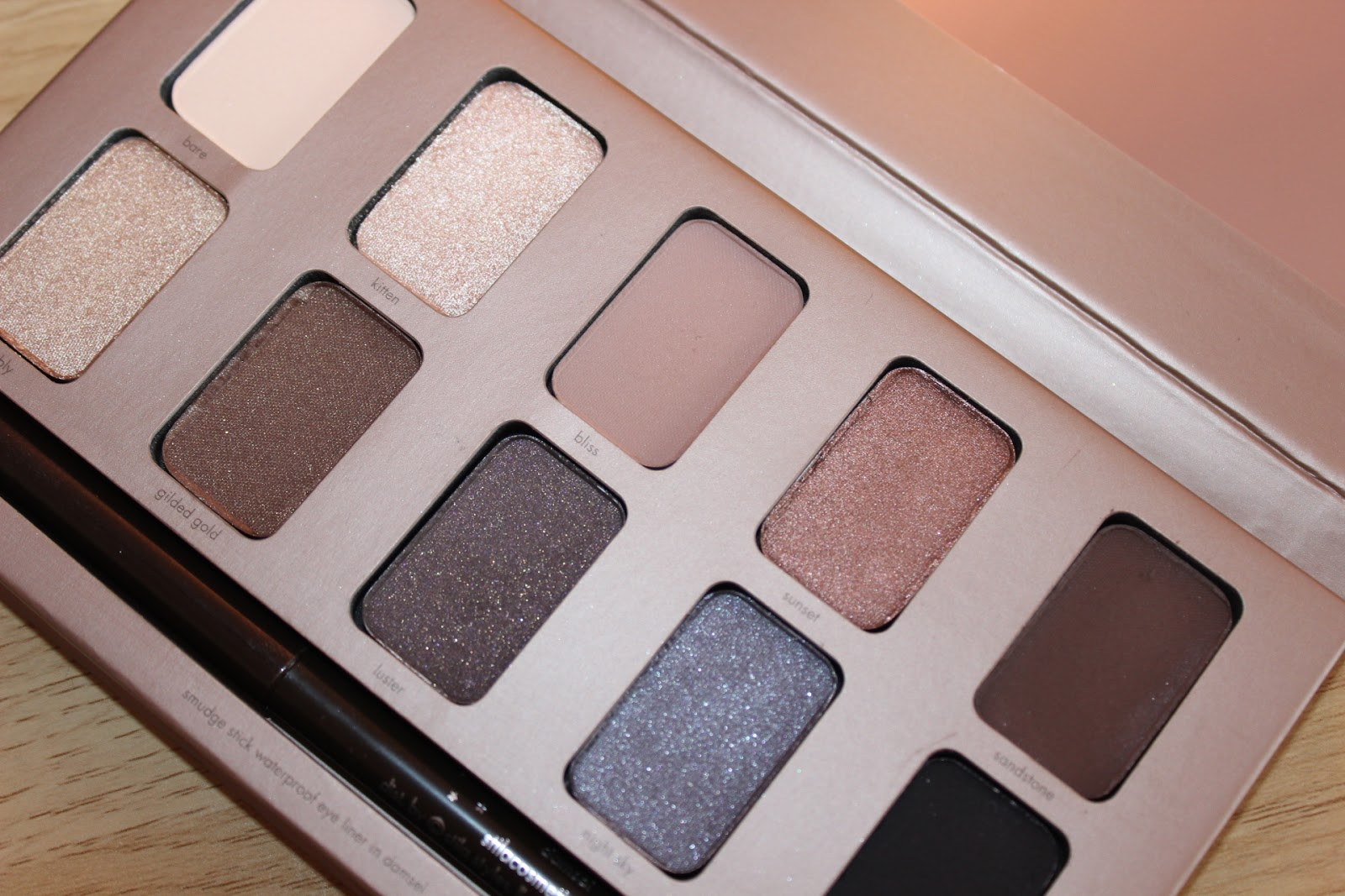 Close up of the stila in the light palette