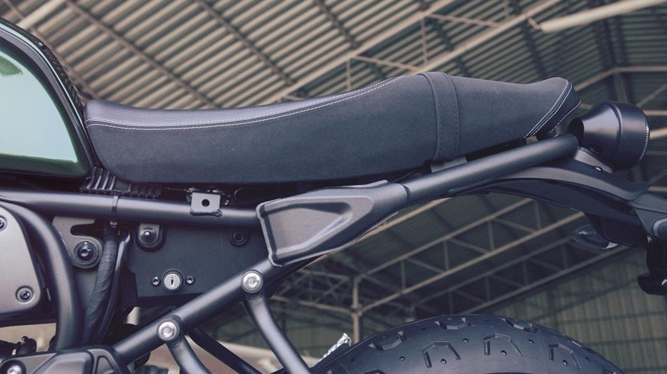 Mari berkenalan dengan Yamaha XSR700 ABS si motor bergaya retro klasik dengan sentuhan modern . .