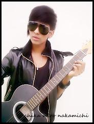 gitar kesayangan