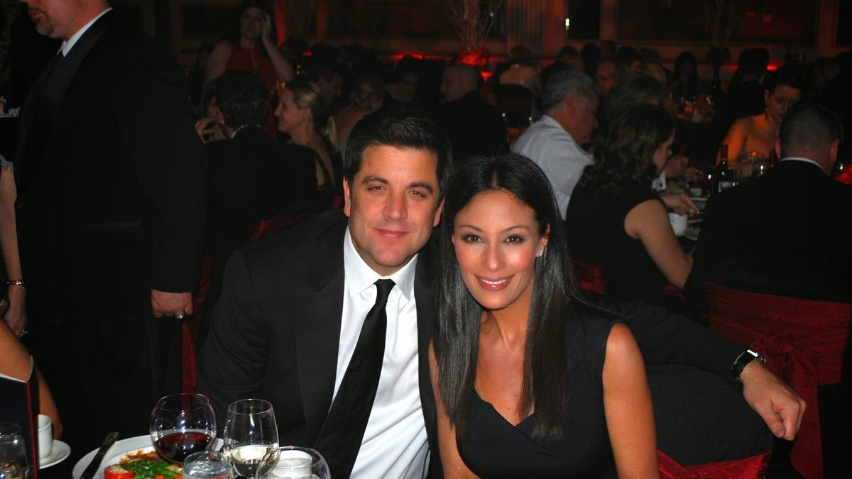 Liz cho dating