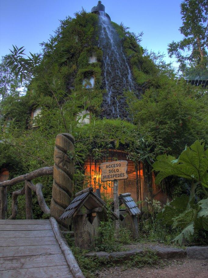 Magic Mountain Hotel Chile Room