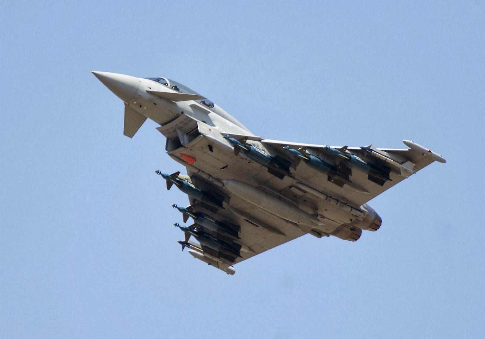 مسابقة خفيفة Eurofighter_Typhoon+(1)