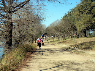 The trail around Lady Bird Lake in Austin, TX