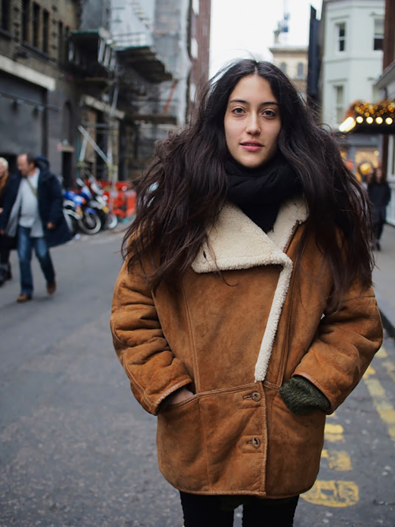 streetstyle-weekend-what-to-wear-dr.martens-nobuk-scarfs-coats