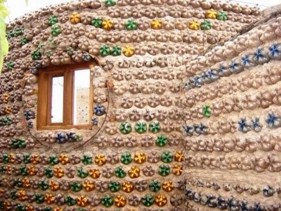 Casa de garrafa pet - Publicitário13