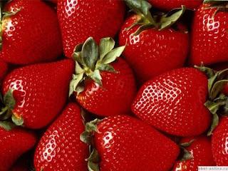 Cara Menghilangkan Jerawat Dengan Stroberi