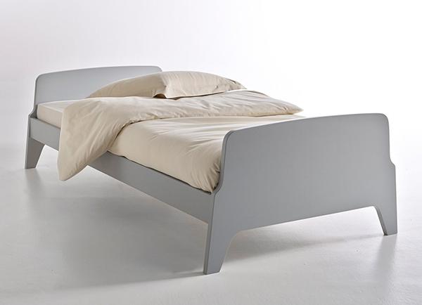 bient t un nouveau lit pour mes jolis m mes mais pas. Black Bedroom Furniture Sets. Home Design Ideas
