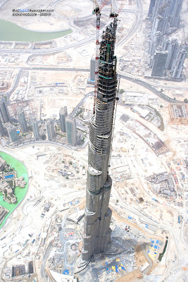 Image of Burj Khalifa under construction