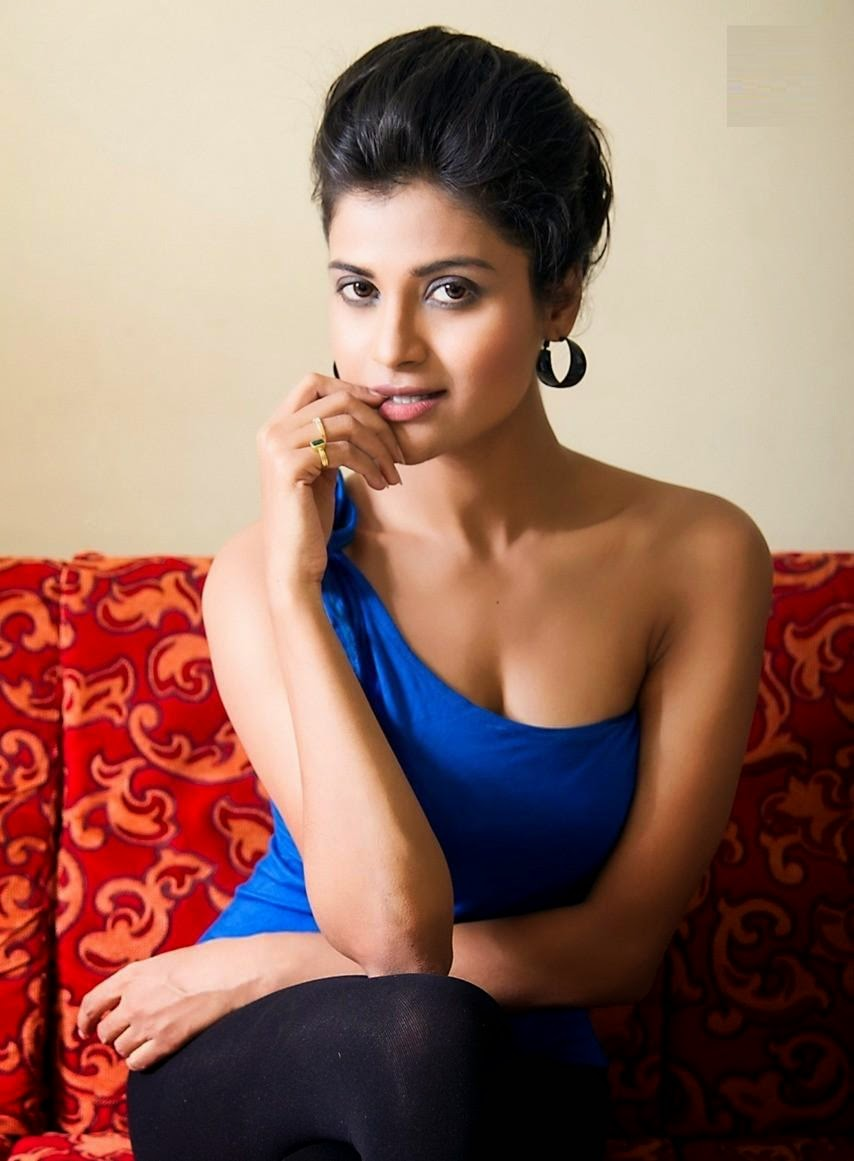 Devayanim hot photos