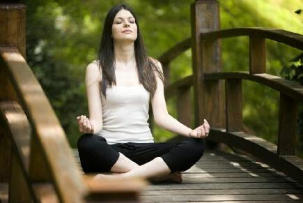 Yoga - أفضل 5 وضعيات للأستفادة من رياضة اليوجا - اليوغا
