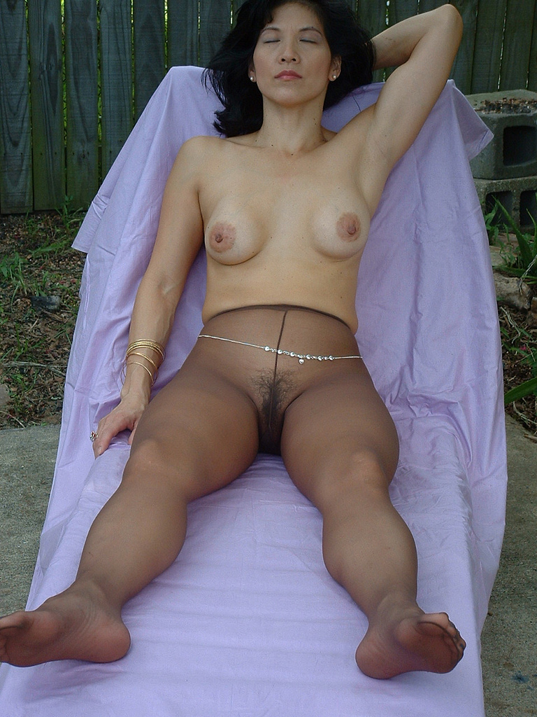 Asian In Pantyhose - Sex Porn Pages