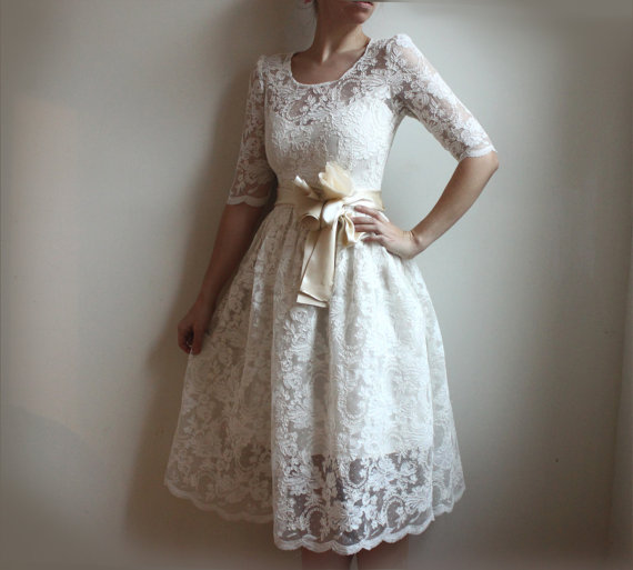 Simple Vintage Lace Wedding Dress : Weddings the joys and jitters june