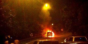 Xenia Terbakar Di Underpass Tol Cawang