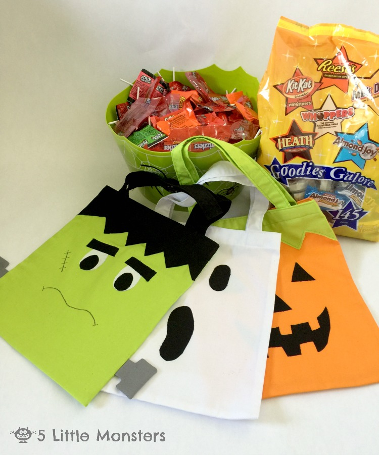 Frankenstein Ghost and Pumpkin Trick or Treat Bags Tutorial with Hershey's candy #trickorsweet #ad