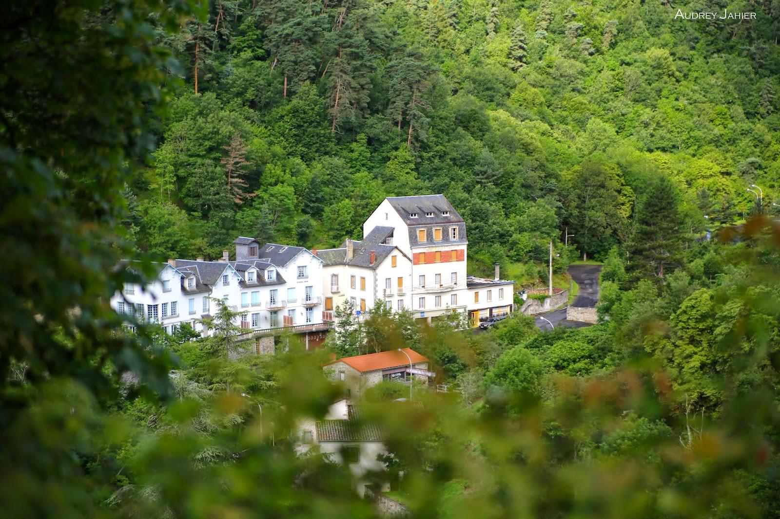 Auvergne-Saint-nectaire-france