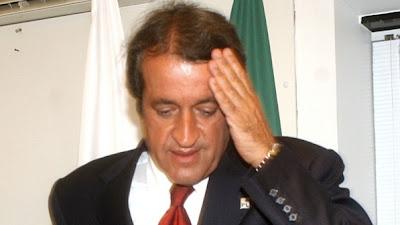 Valdemar Costa Neto - Um Asno
