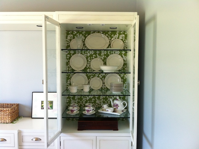 If I Can Do It, So Could You: Dining Room Rehab: Fabric Backed Cabinet  Tutorial