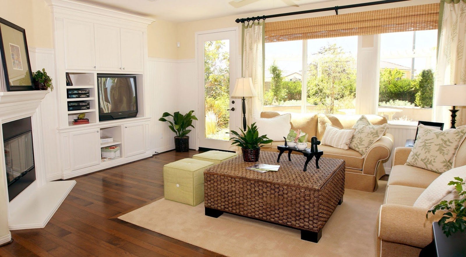 Awesome Living Room Curtains Designs