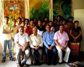 चित्रकला विभाग के एम० ए० प्रथम सेमेस्टर के छात्रों के साथ प्राचार्य,अध्यक्ष एवं अध्यापक