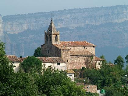 L'església de Santa Maria de Vilanova des de Can Serra
