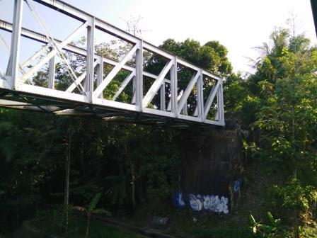 Ujung Barat Jembatan Rel Pangukan