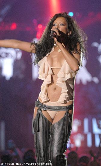 Archivado En Bikini Caliente Christina Aguilera La Habitacion