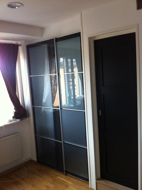 Ikea hack puertas de armario pax como puertas correderas - Puertas de interior ikea ...