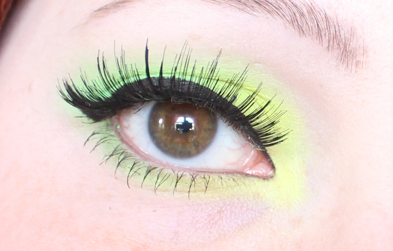 Makeup: Yellow & Green