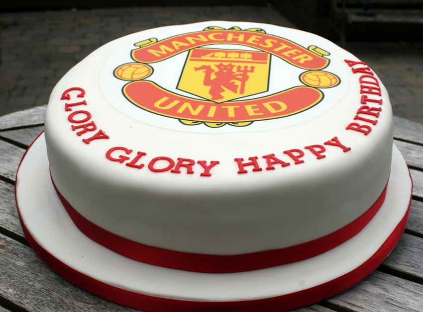 The Perfectionist Confectionist Glory Glory Man United