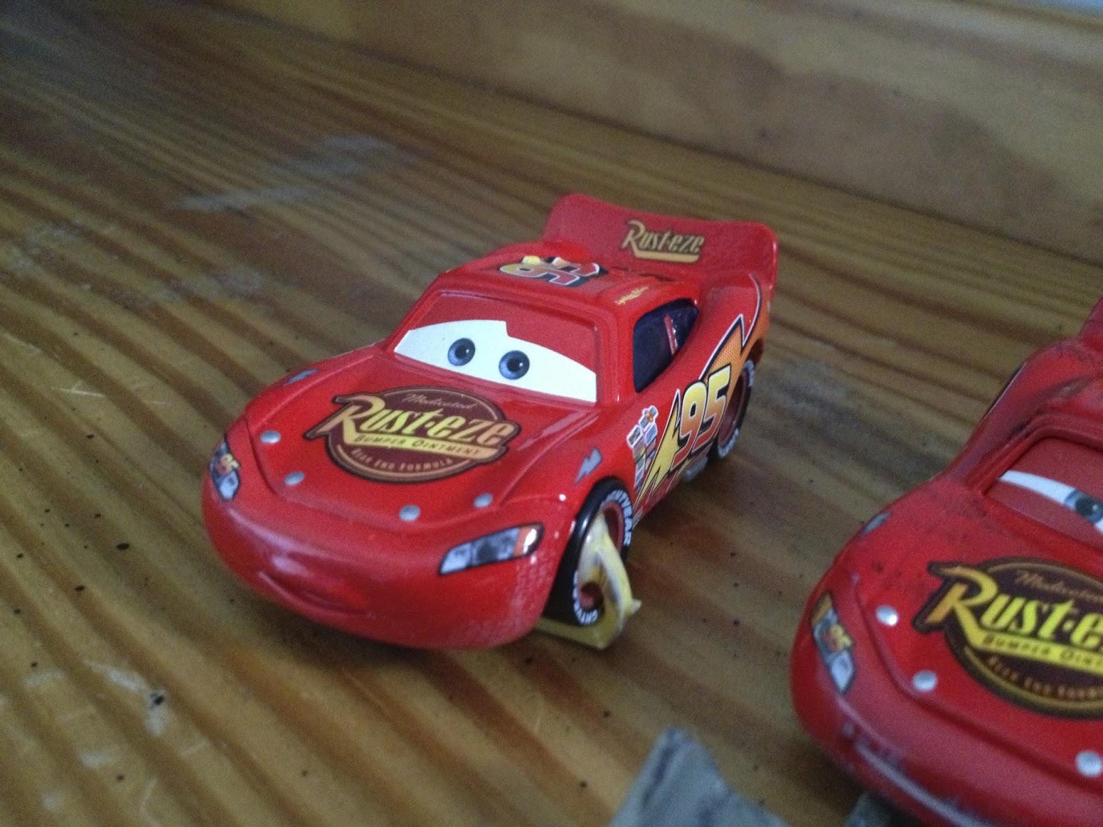 CARS LIGHTNING MCQUEEN SHOVEL Disney Pixar Loose