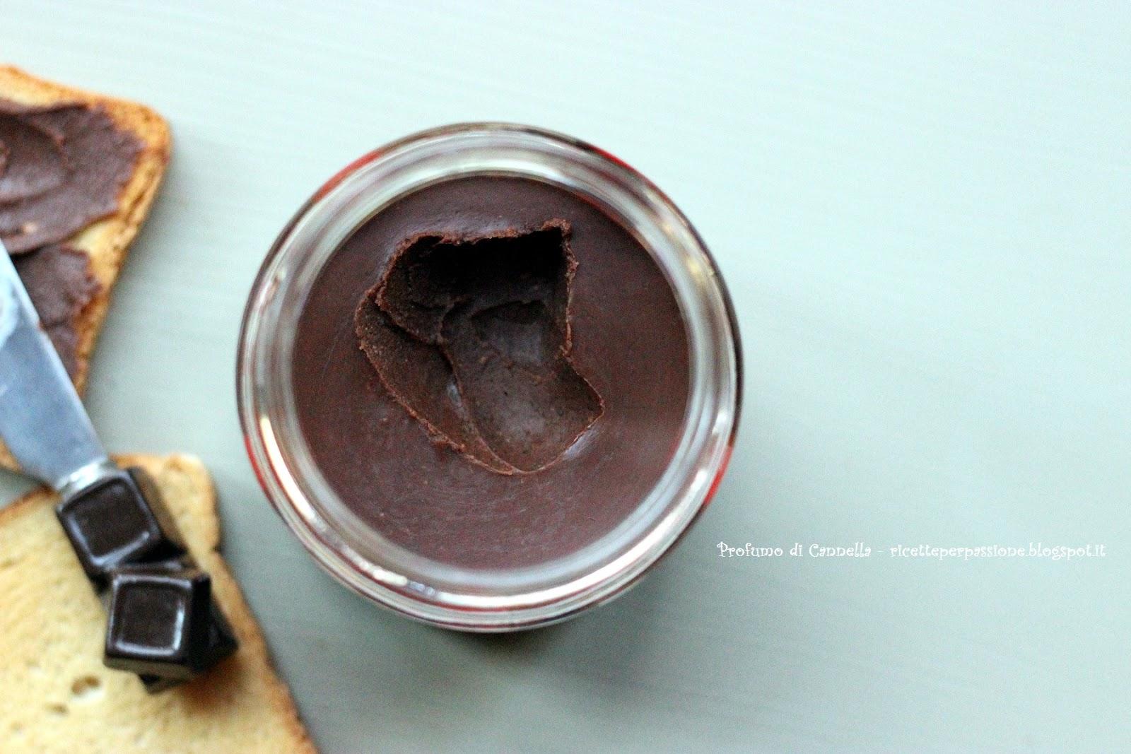 crema spalmabile di cacao e nocciole simil nutella - facilissima e genuina