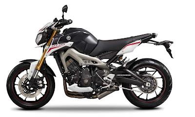 Harga  dan Spesifikasi Motor Yamaha MT-09 Terbaru