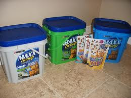 3 containers of Purina Maxx Scoop cat litter