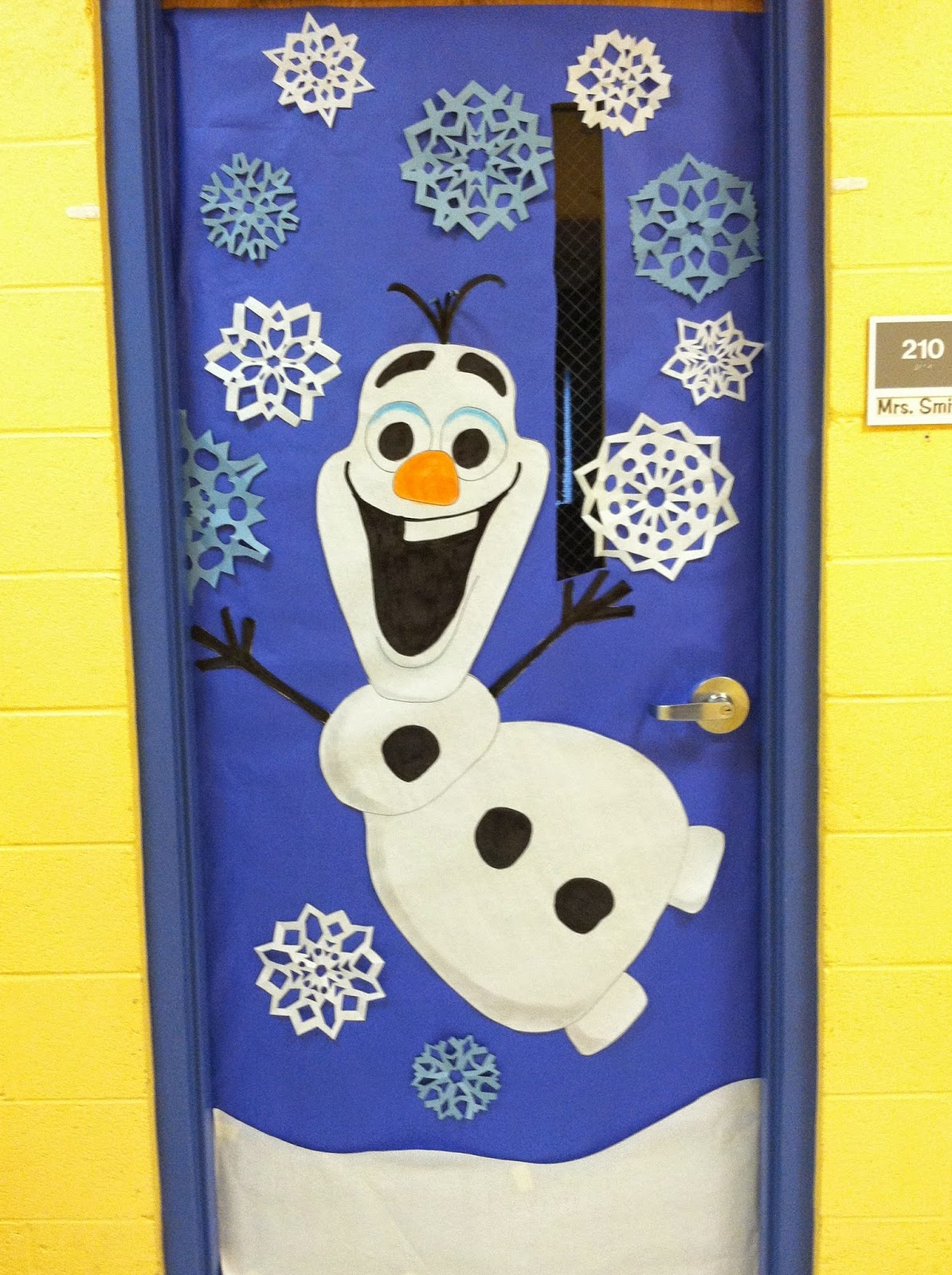 Pinspired Tricks and Treats: Classroom door decor - Do you ...