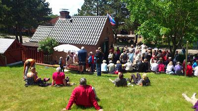 """Besucherandrang beim """"Alten Backhus"""" in St. Peter-Dorf"""