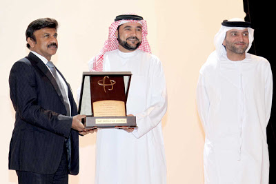 Mr. Lalu Samuel, Chairman & MD, Kingston Holdings FZC, receiving the SEA Businessman Award from His Excellency, Mr. Rashid Al Leem, Director General, Saif Zone, Sharjah, UAE.