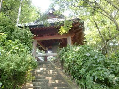 妙本寺鐘楼