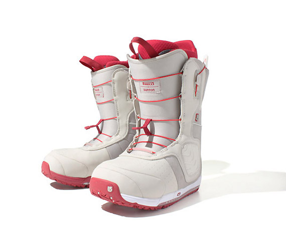 Boot Tread Patterns http://hydro-carbons.blogspot.com/2012/11/pirelli-x-burton-ion-snow-boots.html