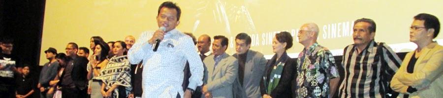 Drs.H. Murlyadi. MMA Produser Executive Film Garuda Bersama Artis dan Crew Pendukung