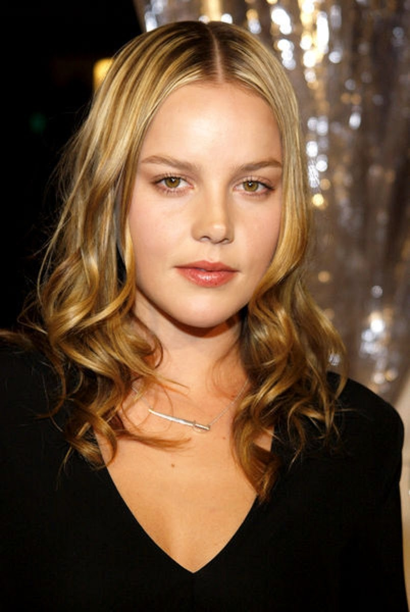 Abbie Cornish Wallpapers Free Download