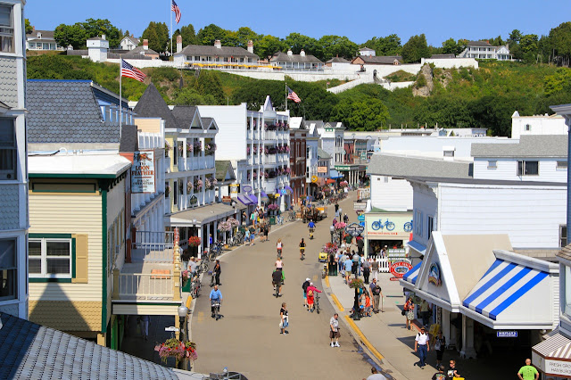 bird's eye view of mackinac Island