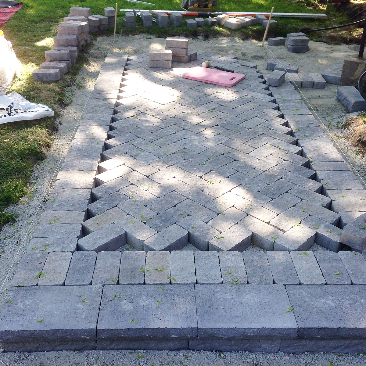 Building Stone Steps And Walkways : Project walkway how to build a with pavers