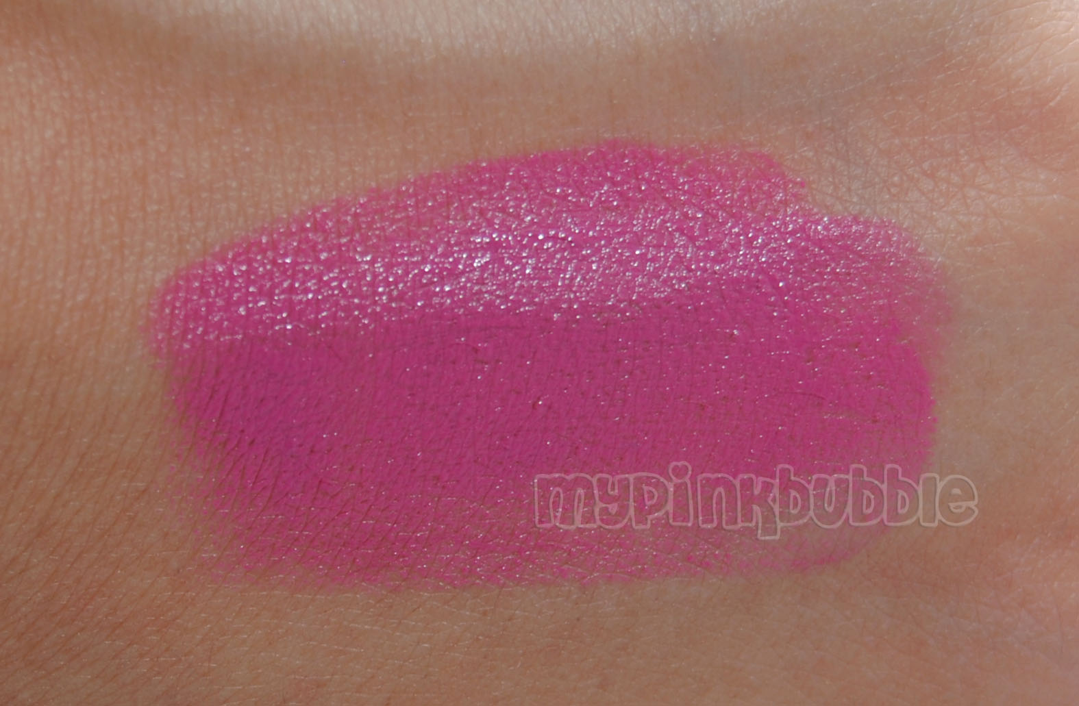 Labial Wet n wild Mauve otta here swatch
