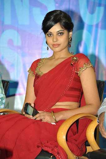 Bindhu Madhavi Red Saree Photos
