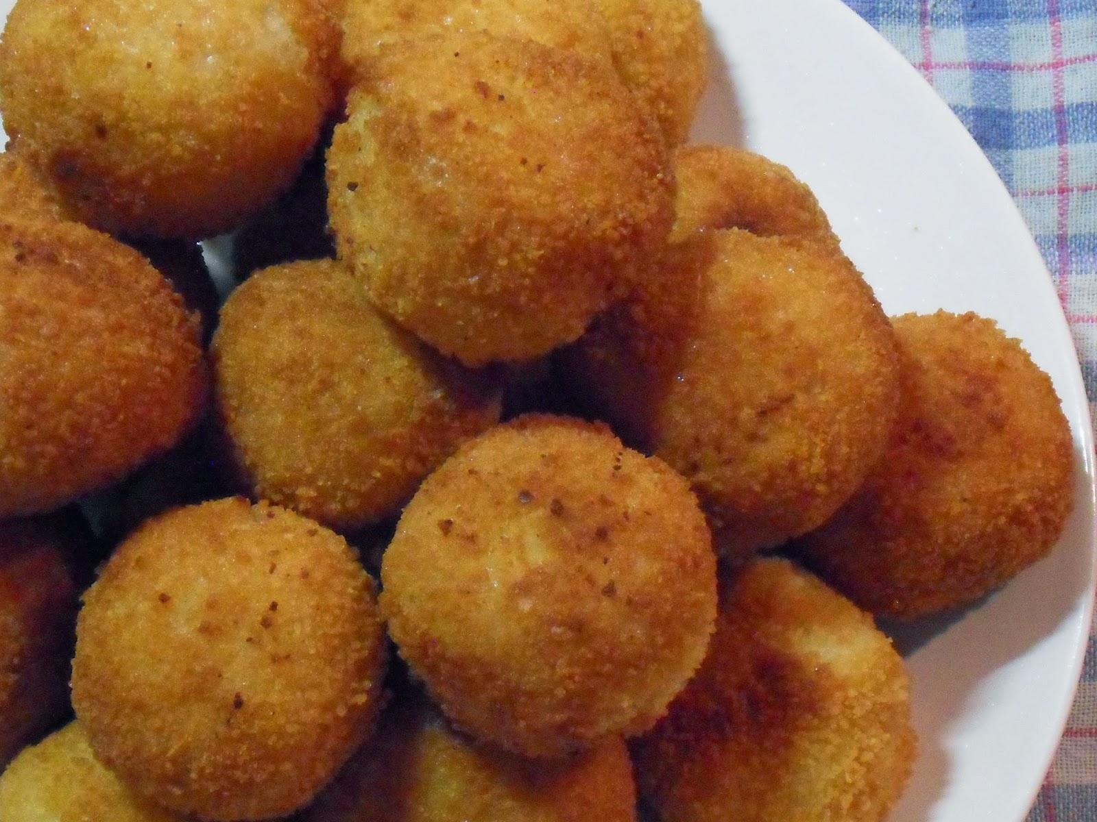 Arancini boulettes de riz italiennes blogs de cuisine - Cuisine sicilienne arancini ...