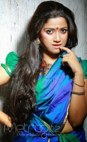 Abhirami Suresh Navel Photos In Saree - CelebsAct | Hot ...