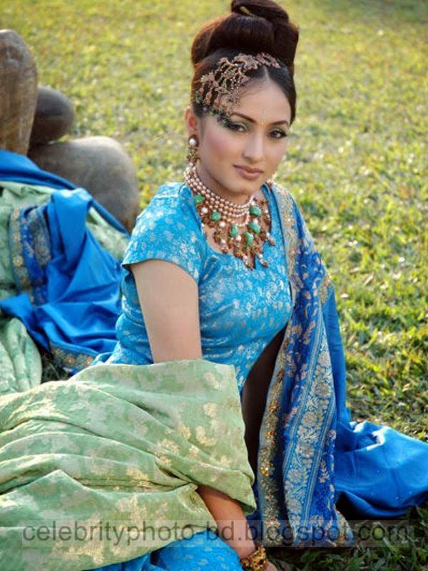 Most+Beautiful+Female+BD+Model+Sumaiya+Jafar+Suzena's+Latest+New+Hot+Photos+Gallery+In+Salowar006
